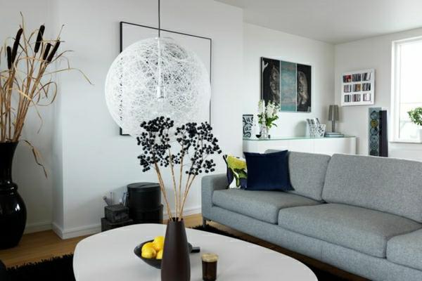 wohnzimmergestaltung kugel hängelampe