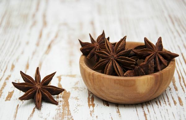 Ätherische Öle Wirkung aromatherapie schale