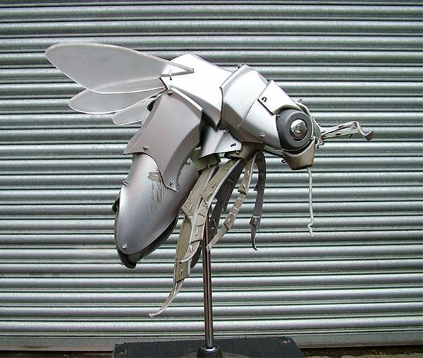 Alte BMW audi Radkappen in tierfiguren insekt