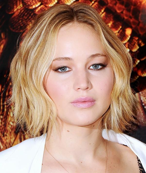 Frisuren für runde Gesichter blond