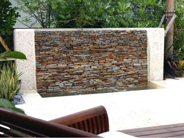 Gartengestaltungsideen wasserfall steine