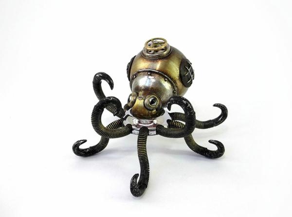 Gebrauchte-Motorrad-Teile-recyceln-skulpturen-tintenfisch