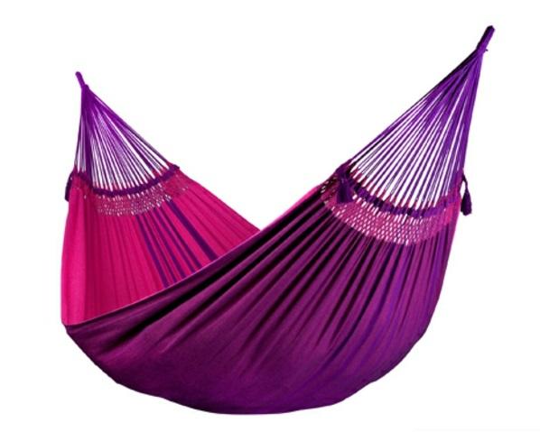 selber machen gestell hängematte holz mit ständer purpurrot