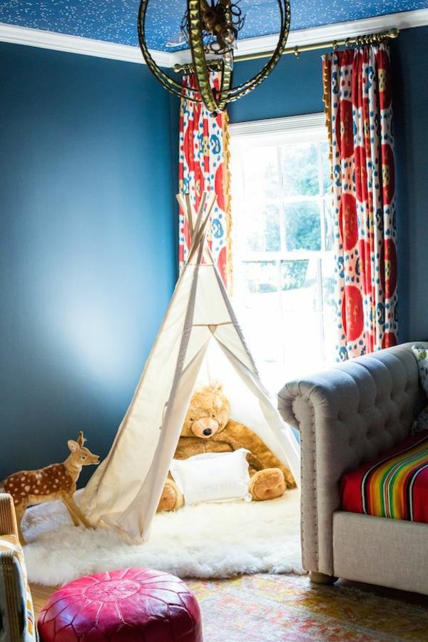 Kinderzimmer Gardinen blau wandfarben zelt