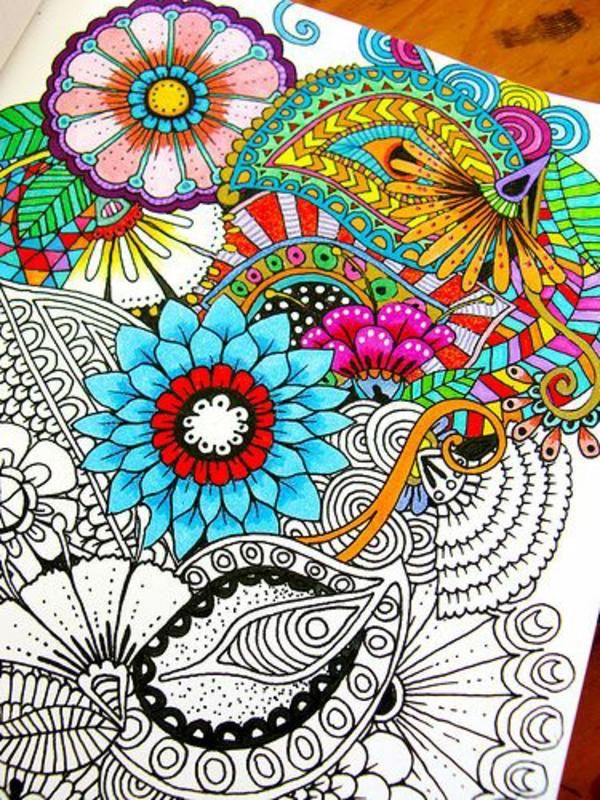 Mandala Ausmalen farben blumen