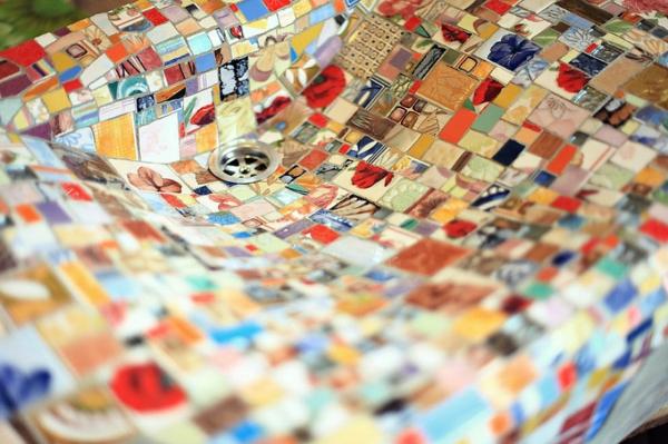 Mosaik waschbecken aus holz design stücke bunt