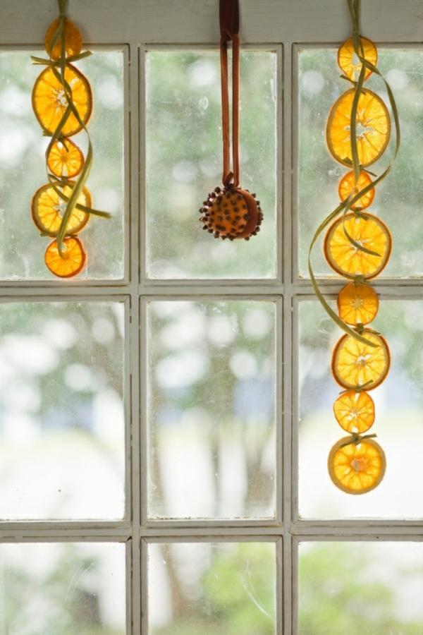 Weihnachtsschmuck basteln kreative bastelideen mit orangen - Fensterdeko weihnachten ...