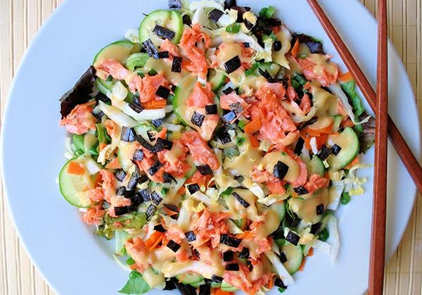 lachsgemüse salat zitronen abnehmen bauch