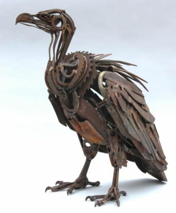 Sculpturen aus altmetall einzigartige kreationen zum for Metall gartenfiguren