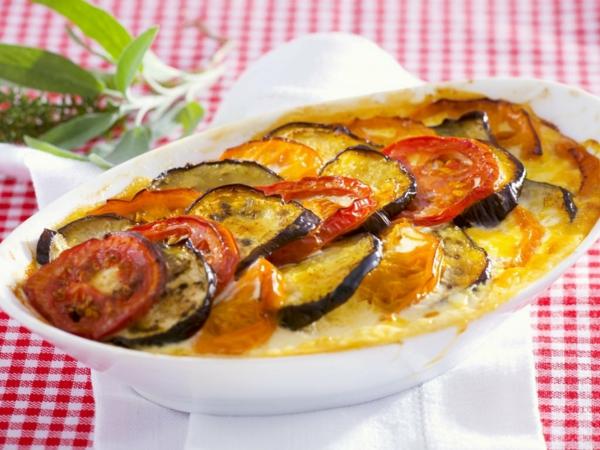 auberginen zubereiten auflauf tomaten