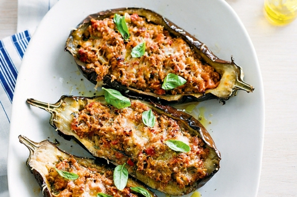 auberginen zubereiten gefüllt hackfleisch