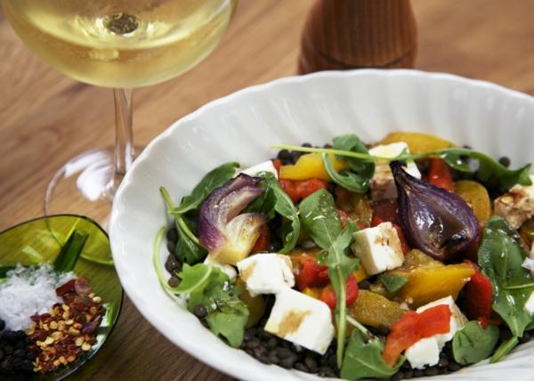 auberginen zubereiten gemüsesalat