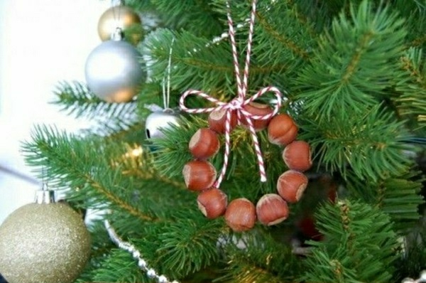 basteltipps weihnachten weihnachtsbaumschmuck ideen eichel