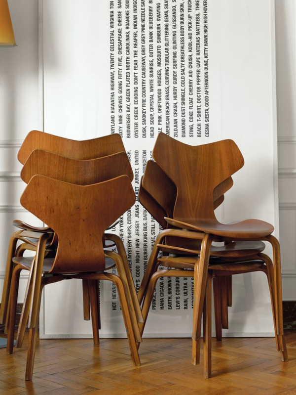 dänisches design möbel Arne Jacobsen stuhl grand prix holz