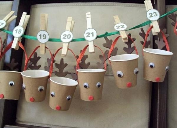 diy adventskalender basteln einfach weihnachtshirsche kaffeebecher