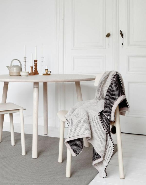 echtholzmöbel esszimmer einrichten holz esstisch rustikal