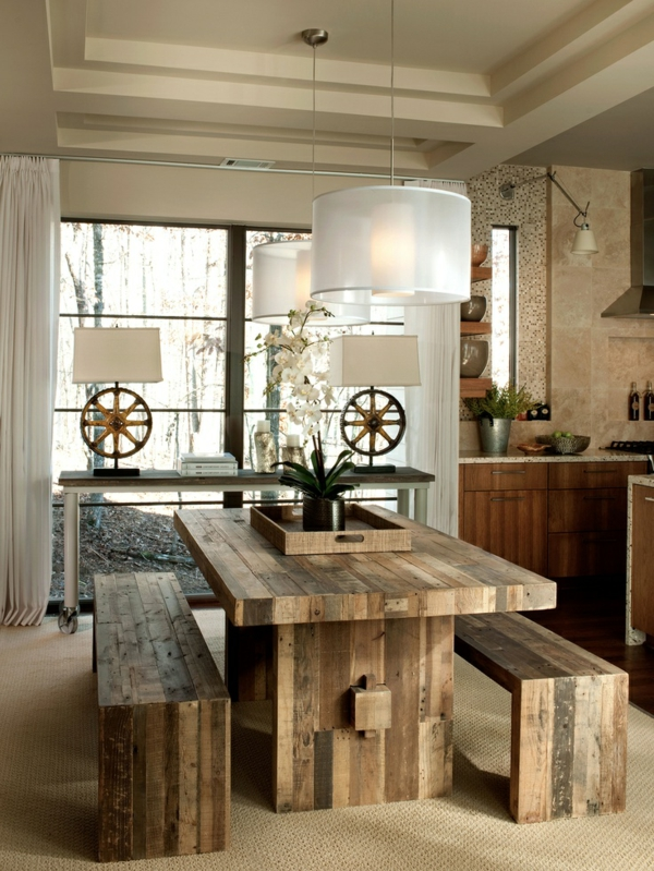 esszimmer einrichten landhausstil rustikaler esstisch massivholzmöbel