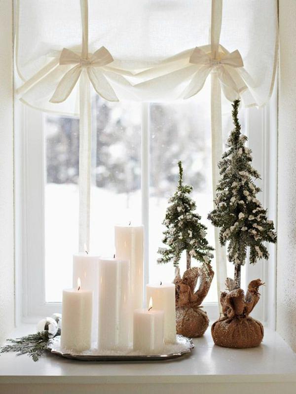 fensterdeko für weihnachen weiße kerzen weihnachtsbäume