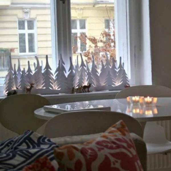 fensterdeko weihnachten dekorative tannen aus holz weihnachts fensterdeko