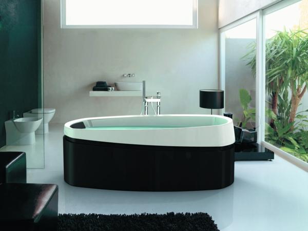 freistehende badewanne schwarz weiß minimalistisches design