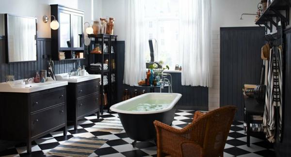 freistehende badewanne vintage schwarz weiß