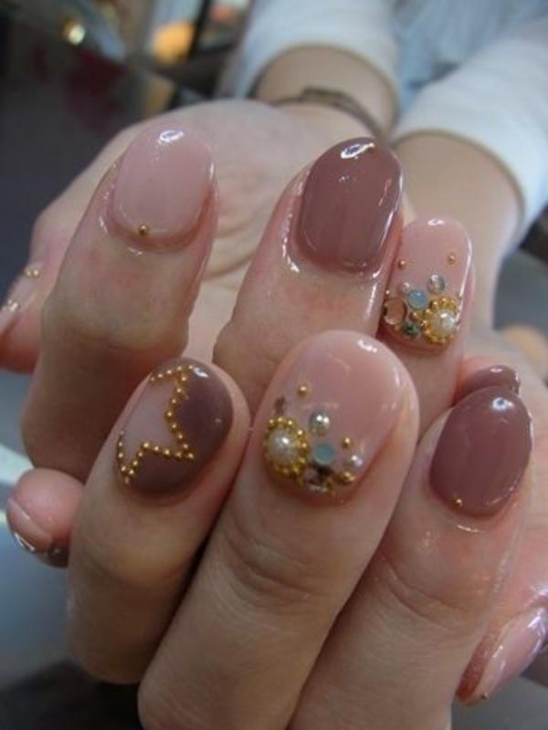 gel nagel muster neutrale farben