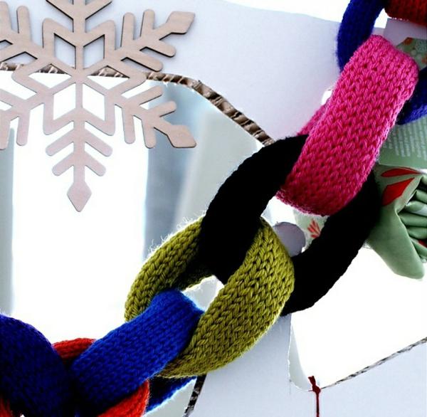 gestrickte bastelideen weihnachten girlanade basteln