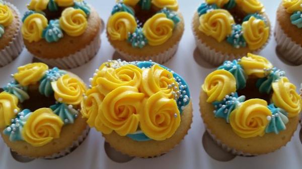 herzhafte muffins gelbe rosen cupcakes
