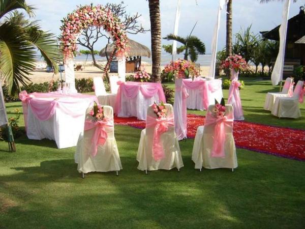 hochzeitstischdeko rosa schleifen
