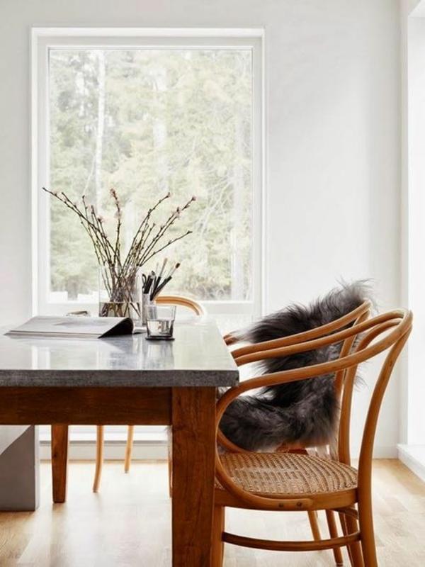 holzmöbel esszimmer einrichten esstisch rustikal echtholz marmorplatte