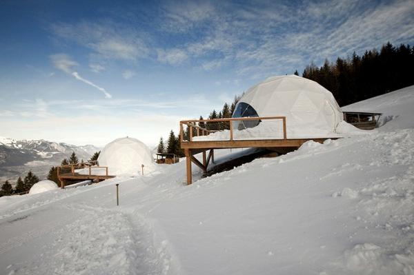 hotel iglu alpen balkone
