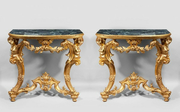 Klassische Möbel ...