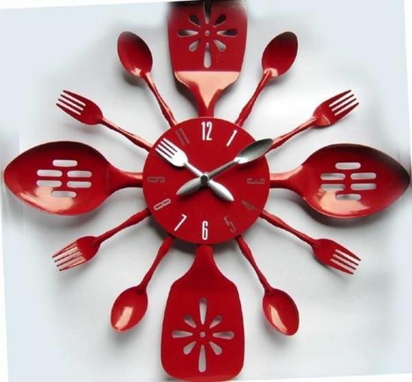küchenwanduhren rot besteck rund Moderne Küchenuhren