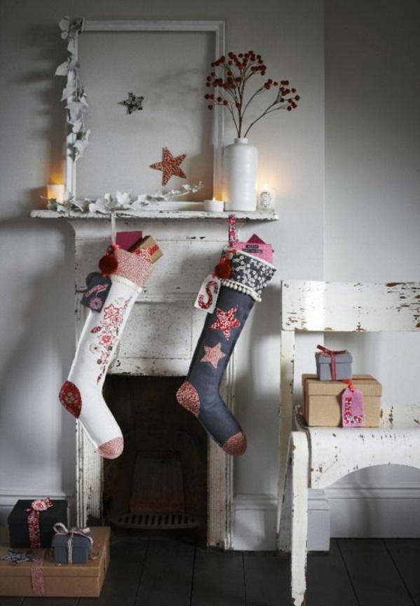kaminsims dekorieren nikolausstiefel nähen bastelideen für weihnachten