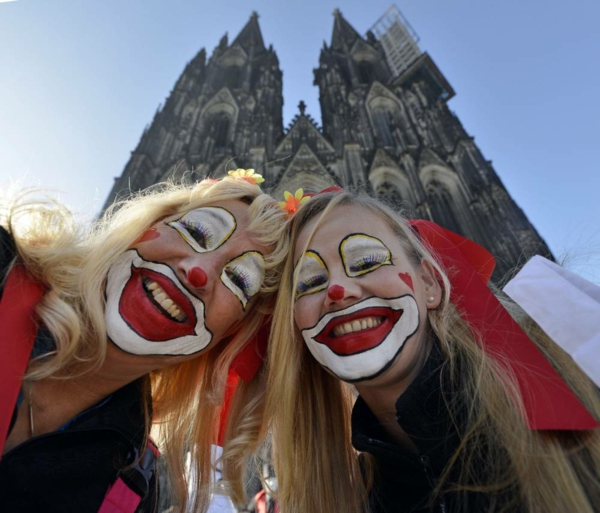 karneval 2015 in köln clowns damen