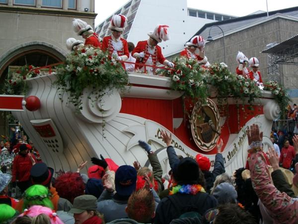 karneval 2015 in köln rosenmontagzug