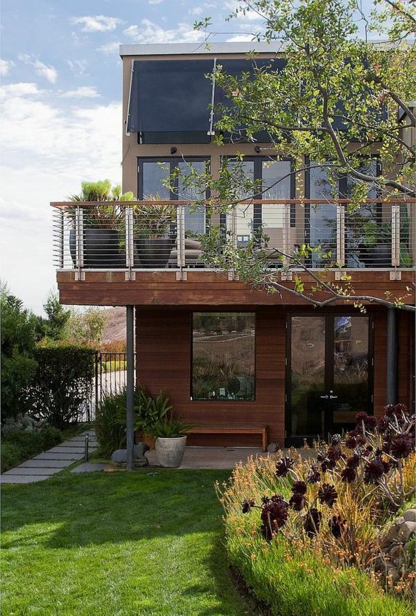fertighäuser balkon pflanzen
