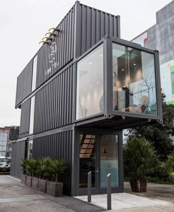 fertighäuser dreistöckig dunklegraue fassade