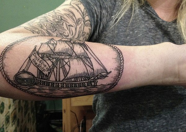 männer tattoos frauen vorlagen motive boot