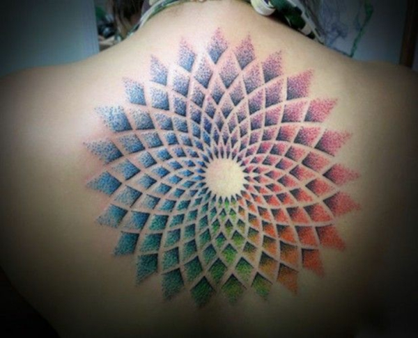 mandala tattoo lotus mandala rücken bunt