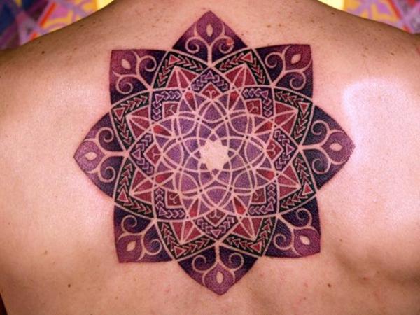 mandala tattoos mandala design rücken rot