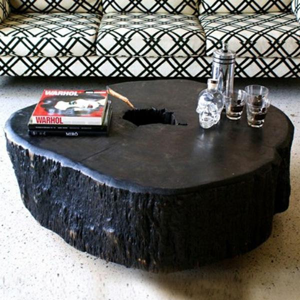 massivholz Couchtische aus Baumstamm schwarz lackiert