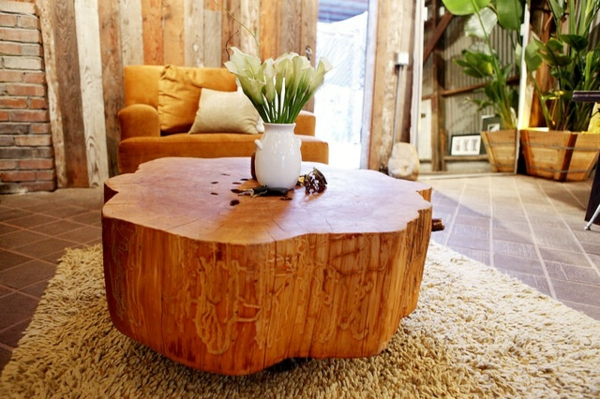 massivholz Couchtische aus Baumstamm wohnzimmer