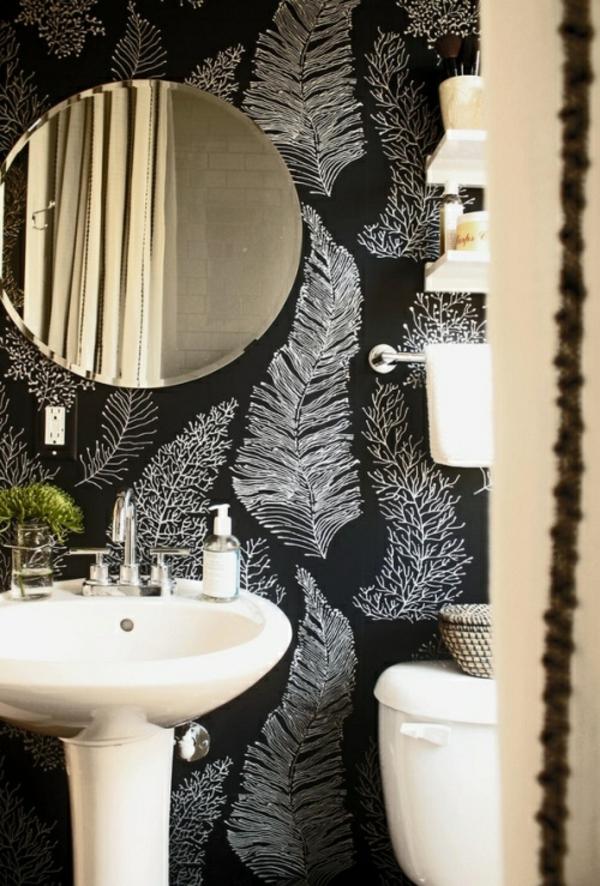 mustertapete badezimmer federn rund wandspiegel