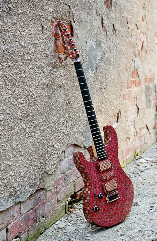 recycling art skateboard gitarre