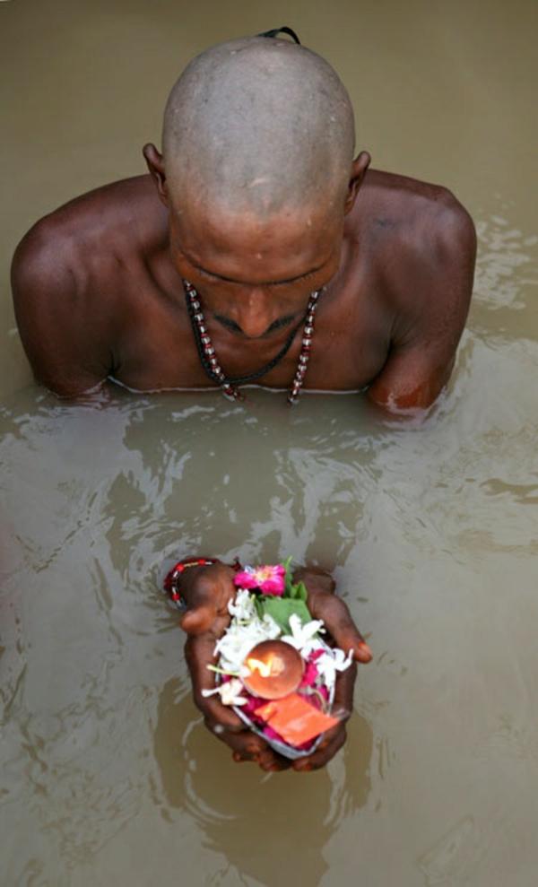 reisen nach indien indische kultur baden in gang
