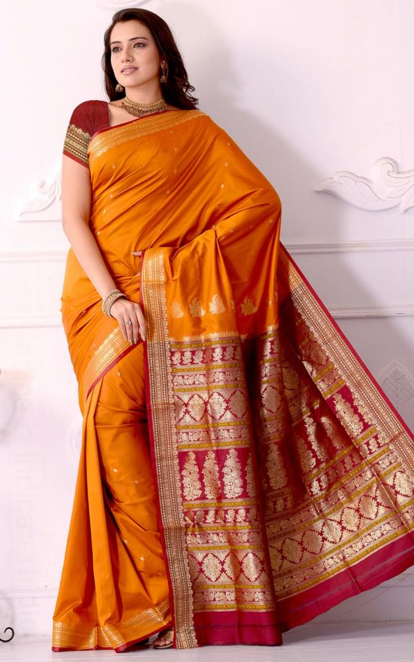 reise nach indien indische kultur traditon saree sari kleid