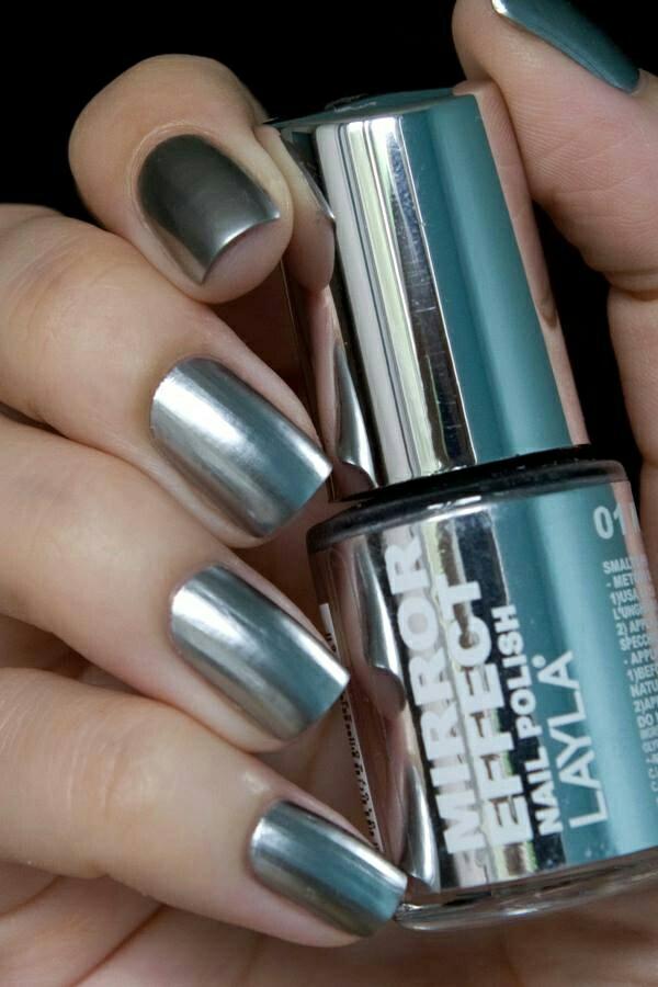 richtig nägel lackieren metall effekt nagellack design