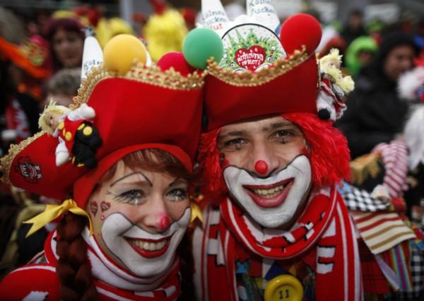 Rosenmontag feiern und den altag vergessen for Clown schminktipps