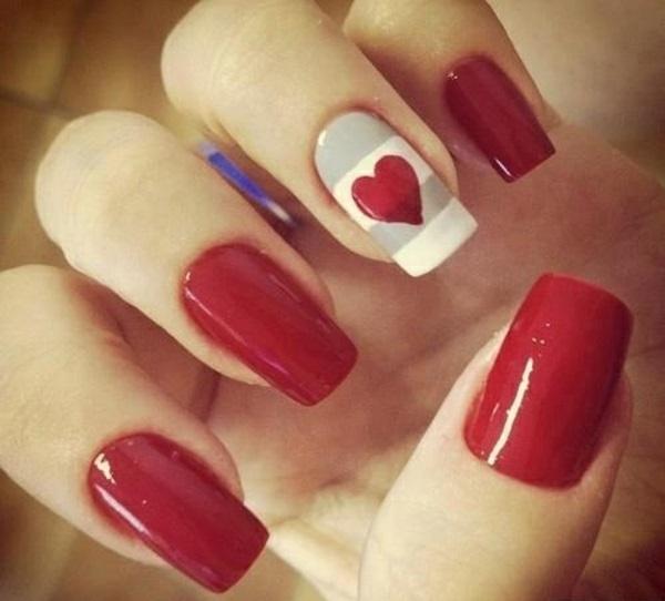 rote Gelnägel zu Weihnachten rote fingernägel lackiert herzen